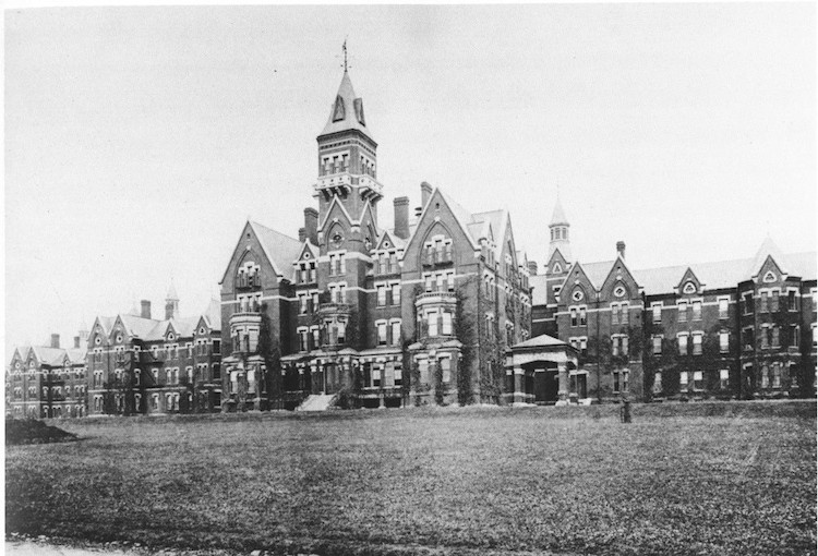 Friday Five: .US Spooky Spots - Danvers State Hospital