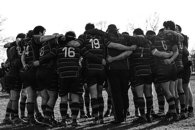 rugby team huddle
